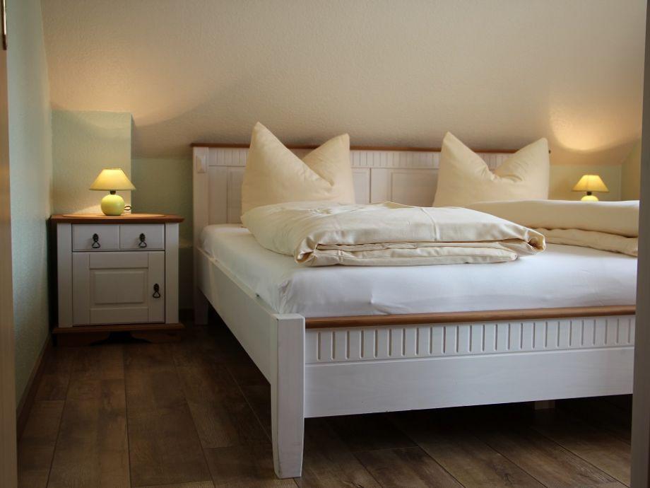 Landhausstil schlafzimmer grau neuesten - Schlafzimmer lampen landhausstil ...