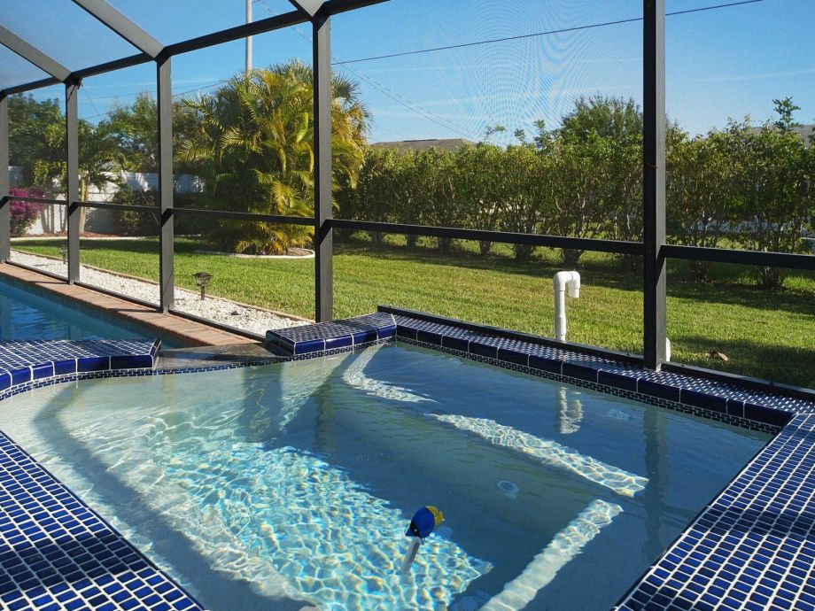 Immerse and have fun in the pool of the villa