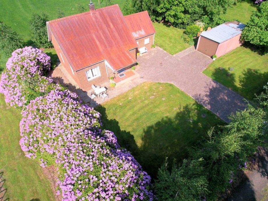 Haus mit Garten und Terrassen