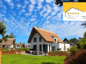 Ferienhaus 5-Sterne Luxusstrandhaus mit Außenwhirpool