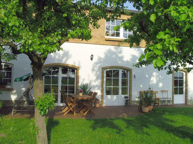 Ferienhaus unterm alten Apfelbaum