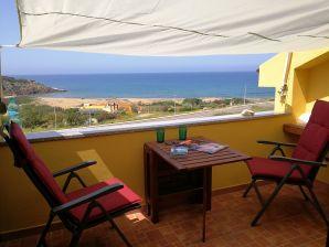 Ferienwohnung Aquamare, direkt am Meer, Balkon und Garten mit Meerblick
