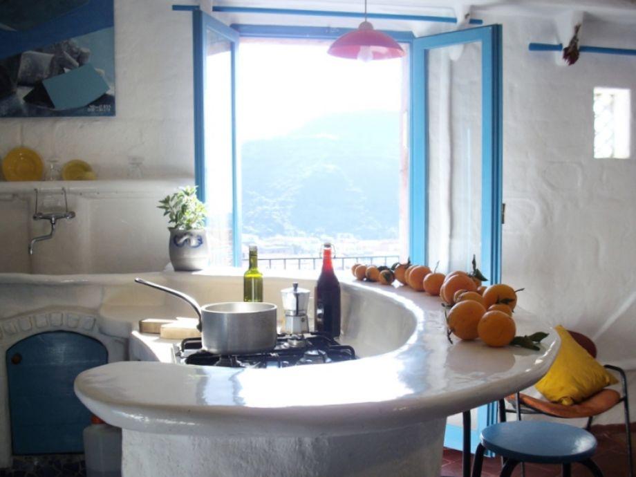 ferienhaus arte k nstlerisches altstadthaus in bosa italien sardinien bosa firma o solemio. Black Bedroom Furniture Sets. Home Design Ideas