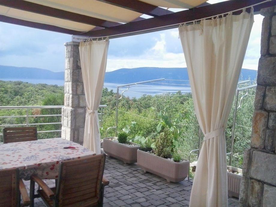 Traumhafte Terrasse mit tollen Meerblick