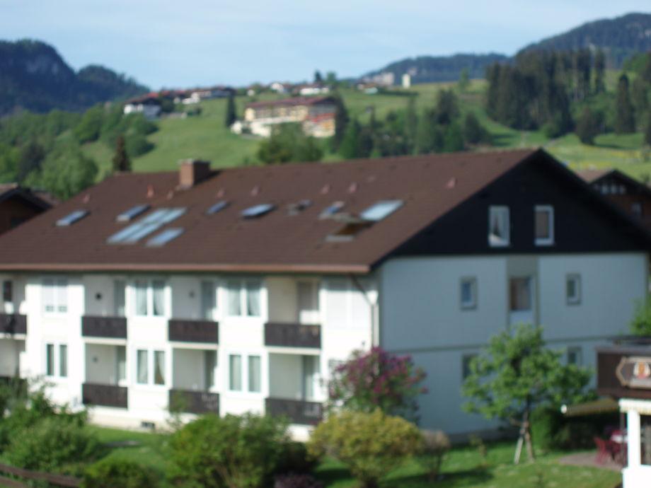 Außenaufnahme Larsen mit Hallenbad + Bergbahnen