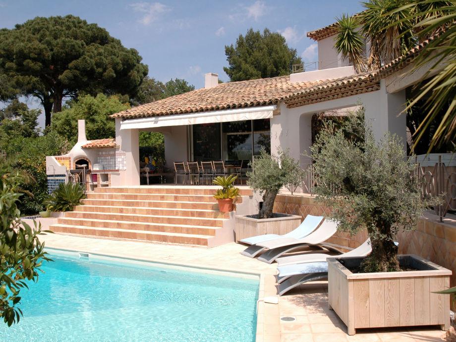 Villa & Schwimmbad