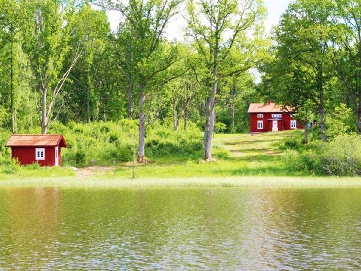 Ferienhaus am see in alleinlage schweden s dschweden for Urlaub haus am see