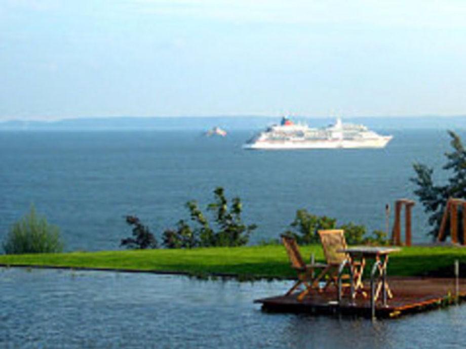 Außenaufnahme Ferienwohnung 12 DG1 Villa Nause mit Seeblick & Wellness
