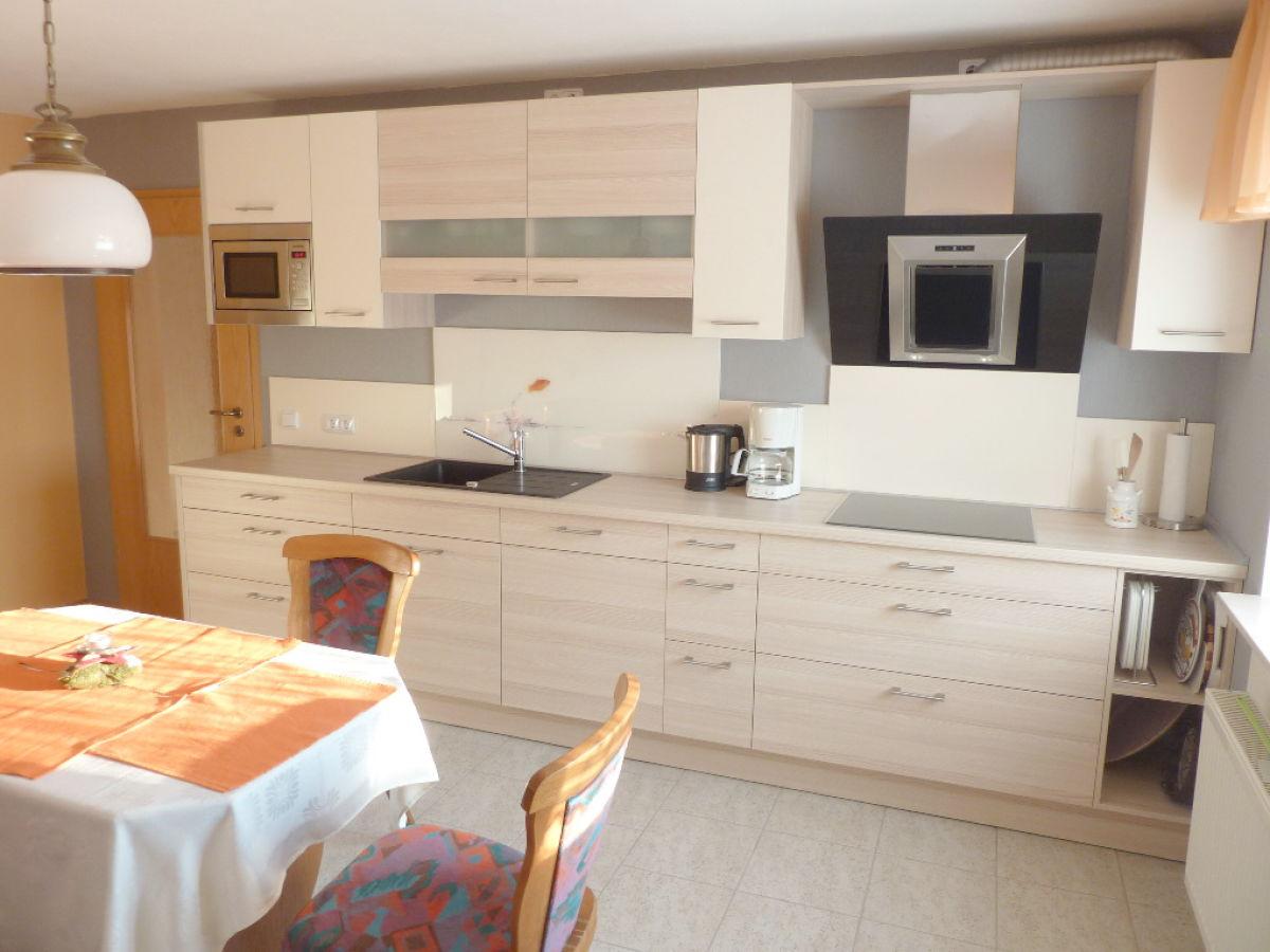 ferienwohnung elvira edersee nordhessen familie zielsdorf. Black Bedroom Furniture Sets. Home Design Ideas