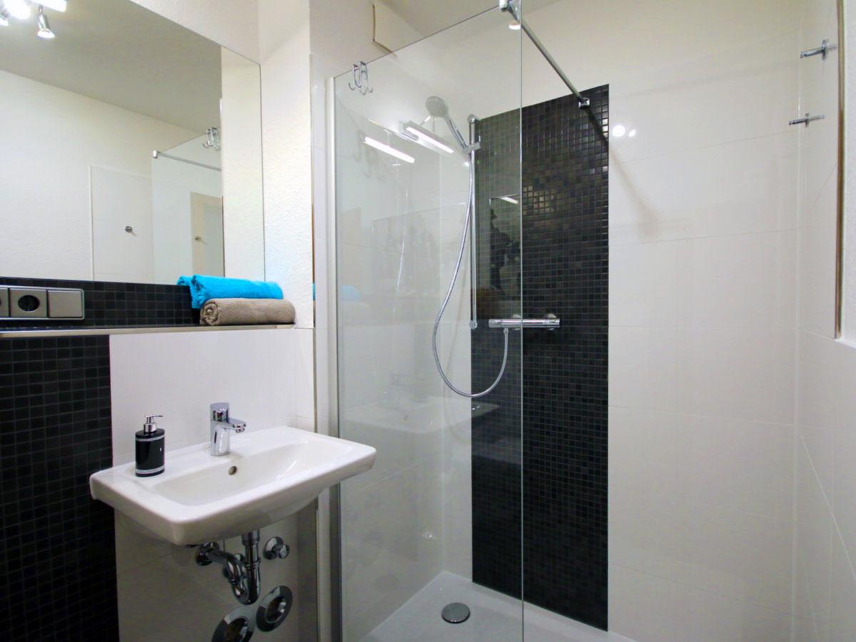 ferienwohnung 5 im landhaus rosenhof cuxhaven nordsee firma bock fewo verwaltung frau. Black Bedroom Furniture Sets. Home Design Ideas