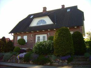 Ferienwohnung im schönen Friesenhaus Luv 1
