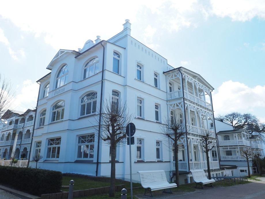 Außenaufnahme 561 in der Villa Gudrun