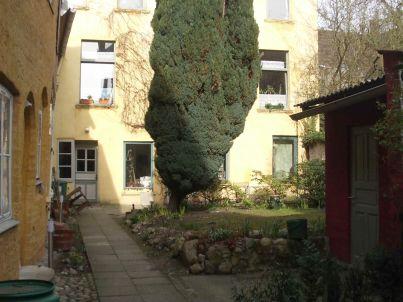 / Gartenhaus in der Altstadt