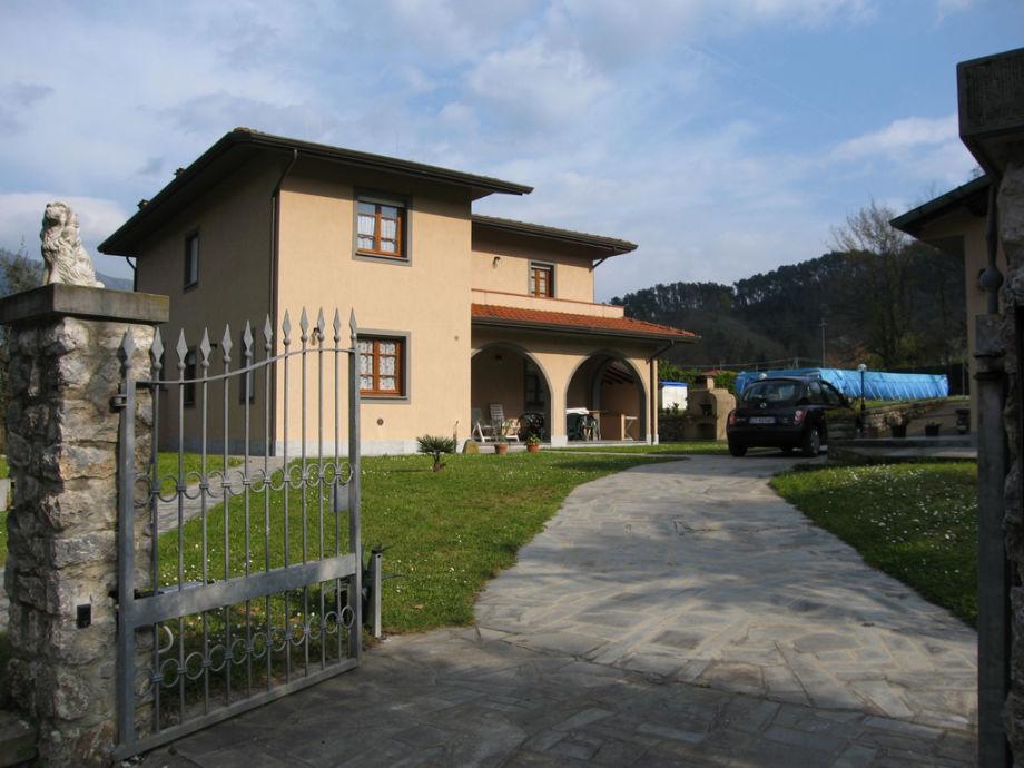'La Fontanella' von außen