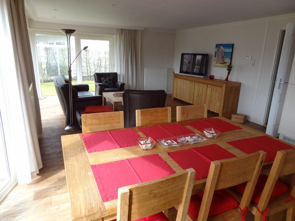 chalet j263 in breskens zeeland breskens herr reinhard jurkat. Black Bedroom Furniture Sets. Home Design Ideas