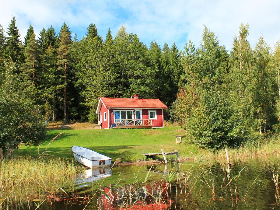 Neu gebautes Ferienhaus direkt am See Bunn