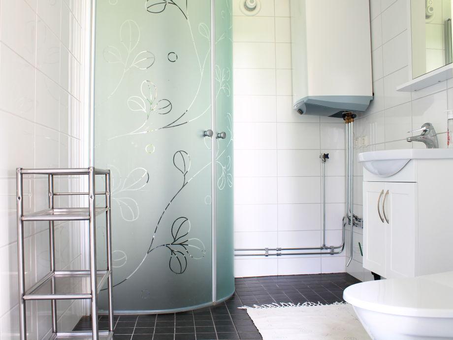 traum badezimmer planen sie mit uns ihr neues bad egal ob modern elegant mit oder ohne hightech. Black Bedroom Furniture Sets. Home Design Ideas