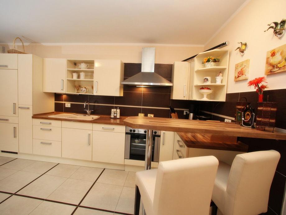 ferienhaus luxusvilla bella istrien in kroatien frau beatrice steinh rster. Black Bedroom Furniture Sets. Home Design Ideas