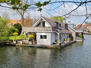 Hausboot Woonark Hoorn