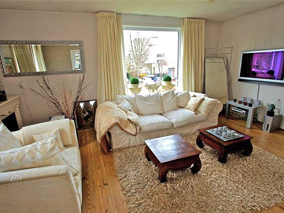 ferienwohnung denise nord holland bergen firma strandbergen firma frank und gabriele. Black Bedroom Furniture Sets. Home Design Ideas