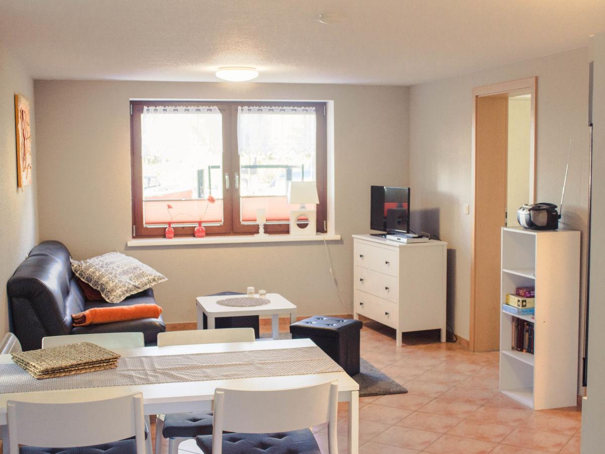 ferienwohnung bootshaus ug ostsee frau simone dinse. Black Bedroom Furniture Sets. Home Design Ideas