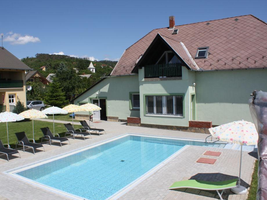Ferienwohnung Roland mit Pool