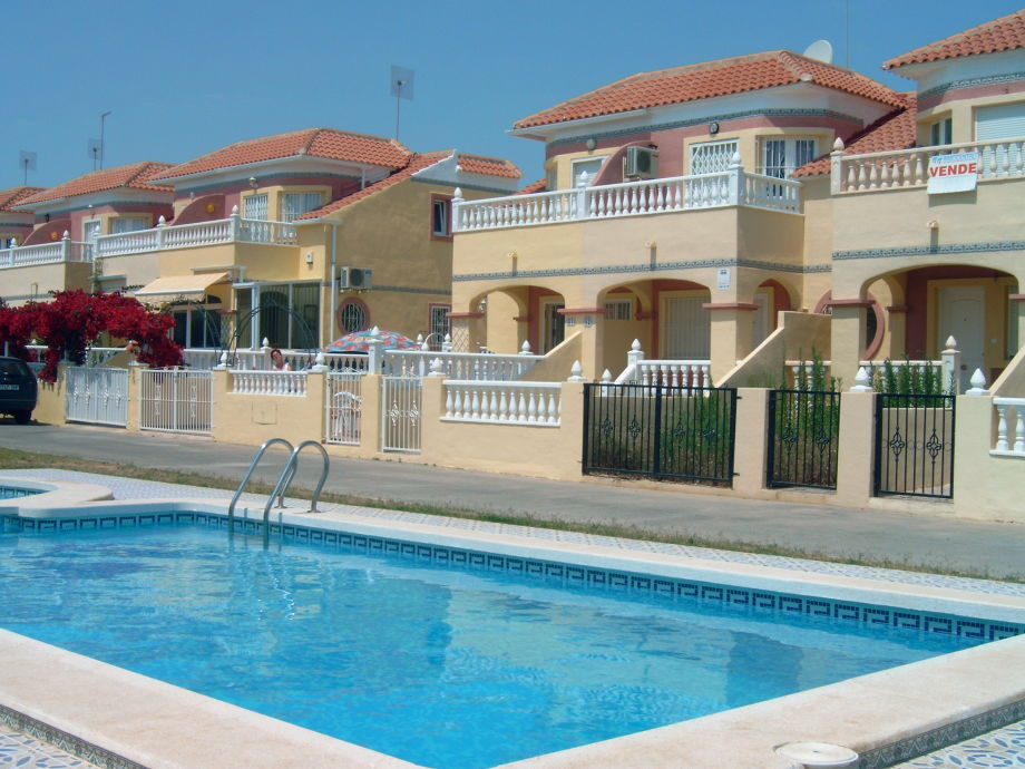 Pool direkt vor Ihrer Terrasse