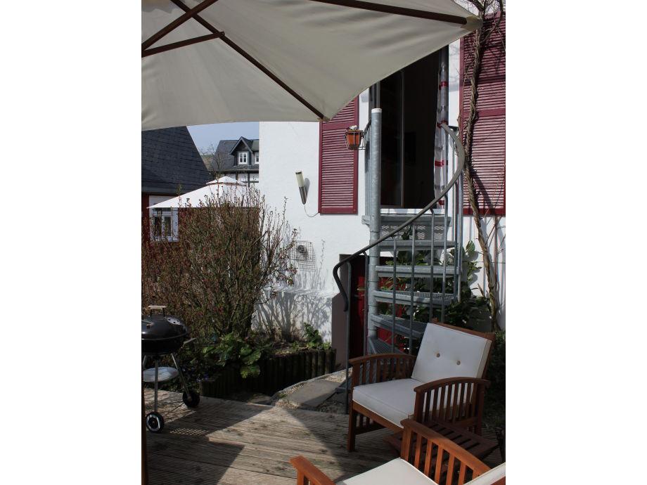 Spindeltreppe von der Küche zur Terrasse
