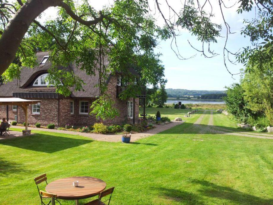 Haus mit Blick zum Neuensiener See