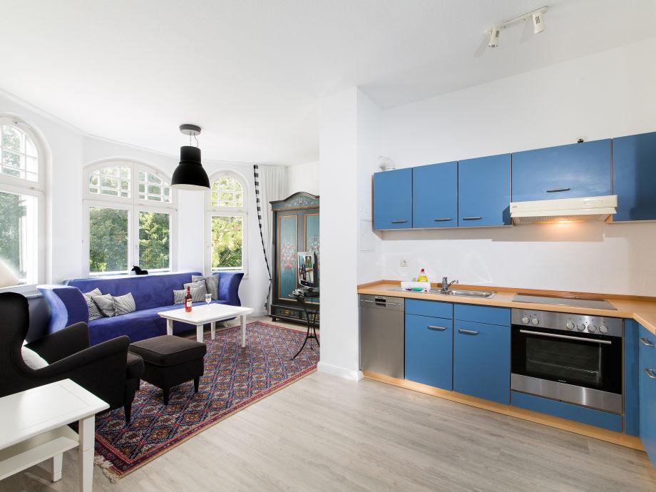 ferienwohnung in der villa sirene 20 meter zum badestrand. Black Bedroom Furniture Sets. Home Design Ideas