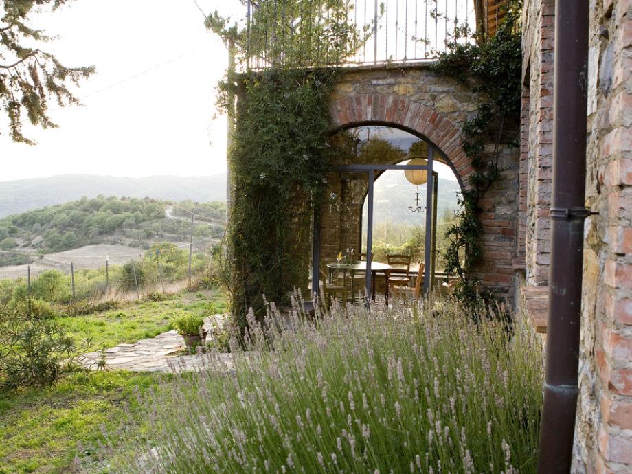 Lavendel und Eingangsbereich