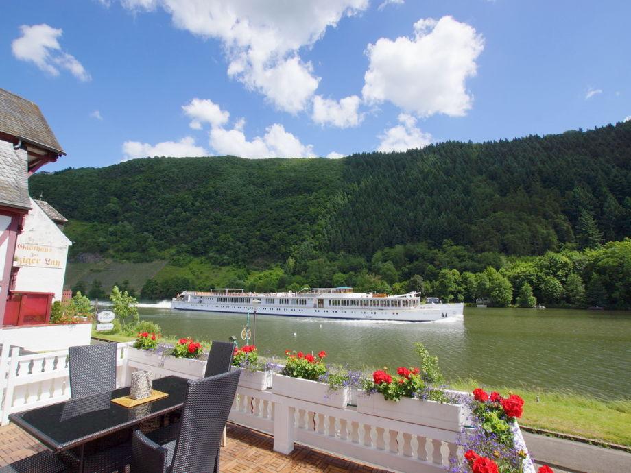 Willkommen im Urlaub .... auf ihrer Mosel-Terrasse