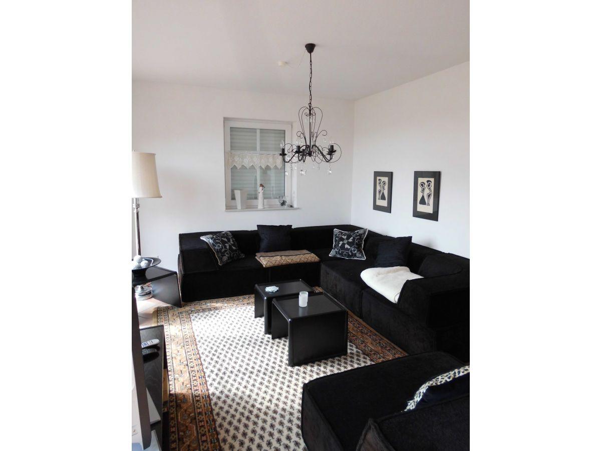 ofen wohnzimmer kosten:Wohnzimmer mit SAT-TV Wohnzimmer mit Ofen Essbereich