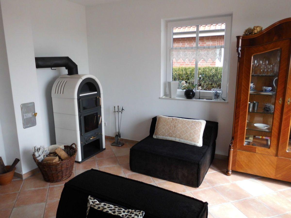 Wohnzimmer Mit SAT TV Ofen Essbereich U0026gt