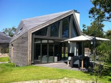 Villa mit Sauna & Jacuzzi in Texel