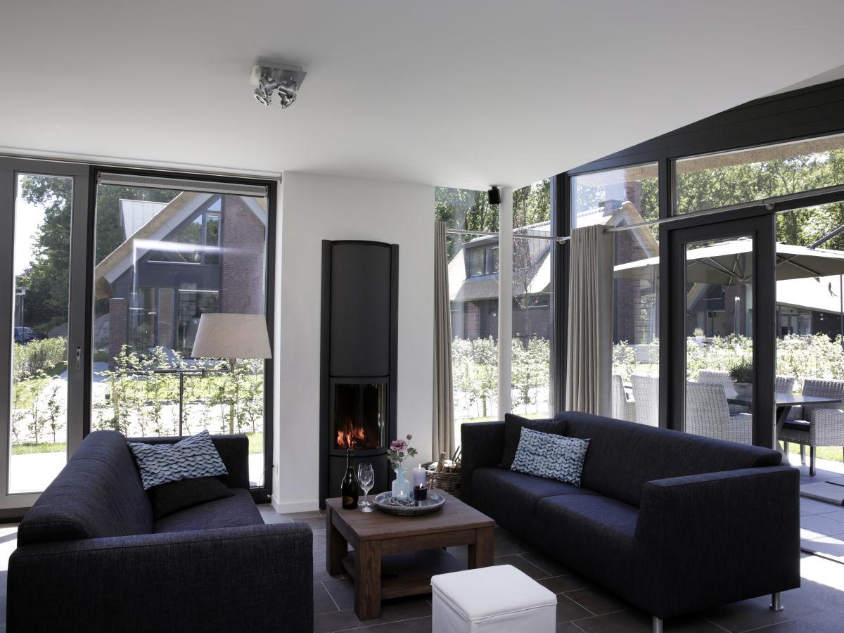 villa mit jacuzzi im zentrum von schoorl nord holland On jacuzzi wohnzimmer