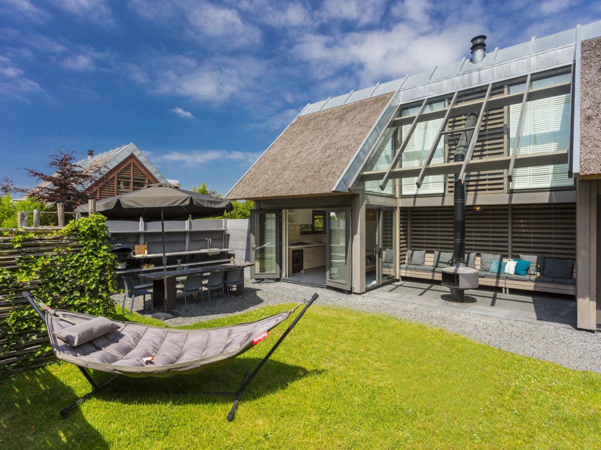 Außenküche Mit Backofen : Villa mit jacuzzi sauna außenküche und patio feuerstelle schoorl