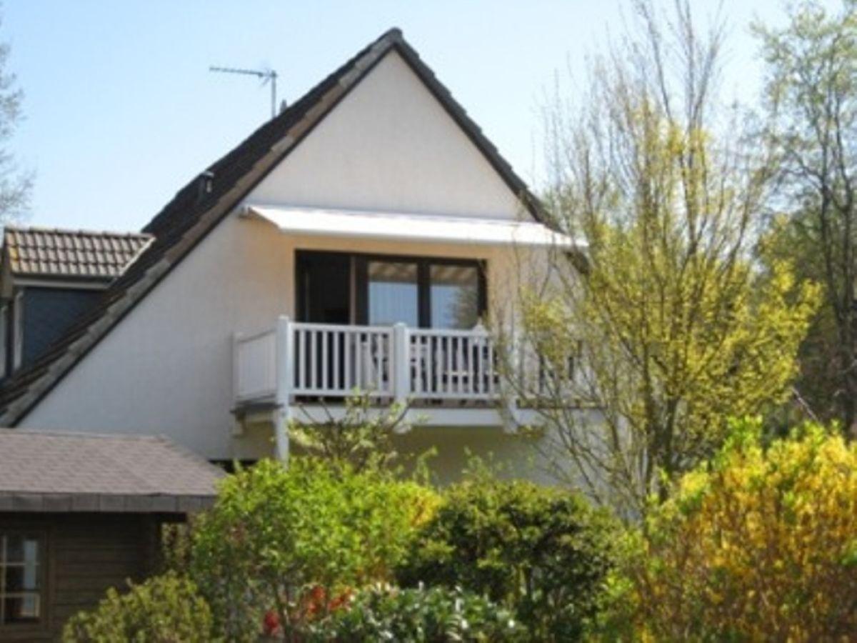 Ferienwohnung binnen ostsee lubecker bucht frau for Markise balkon mit tapeten landhausstil flur