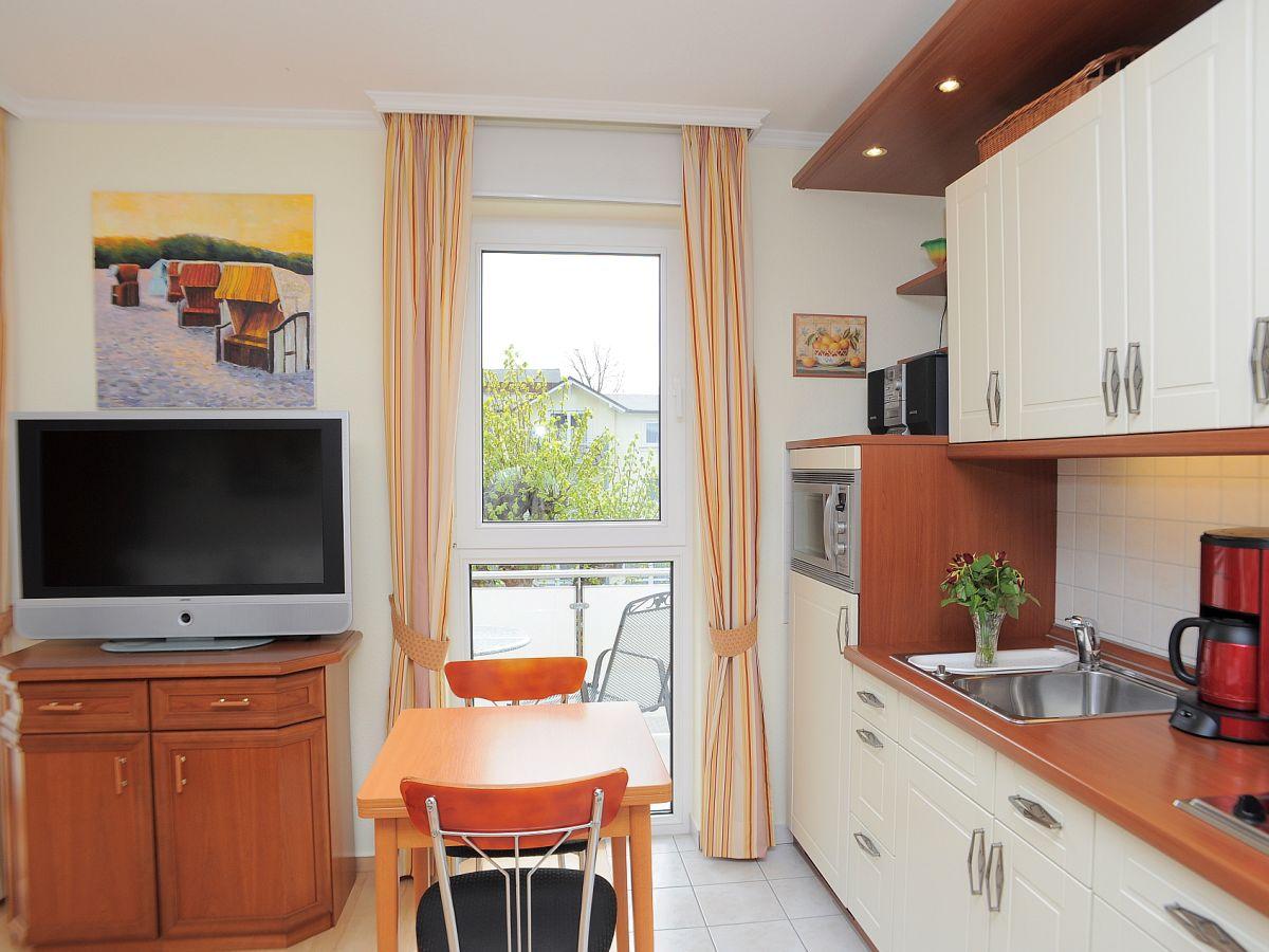 Apartment maria 12 r gen binz firma ais appartement for Kochen 10 personen