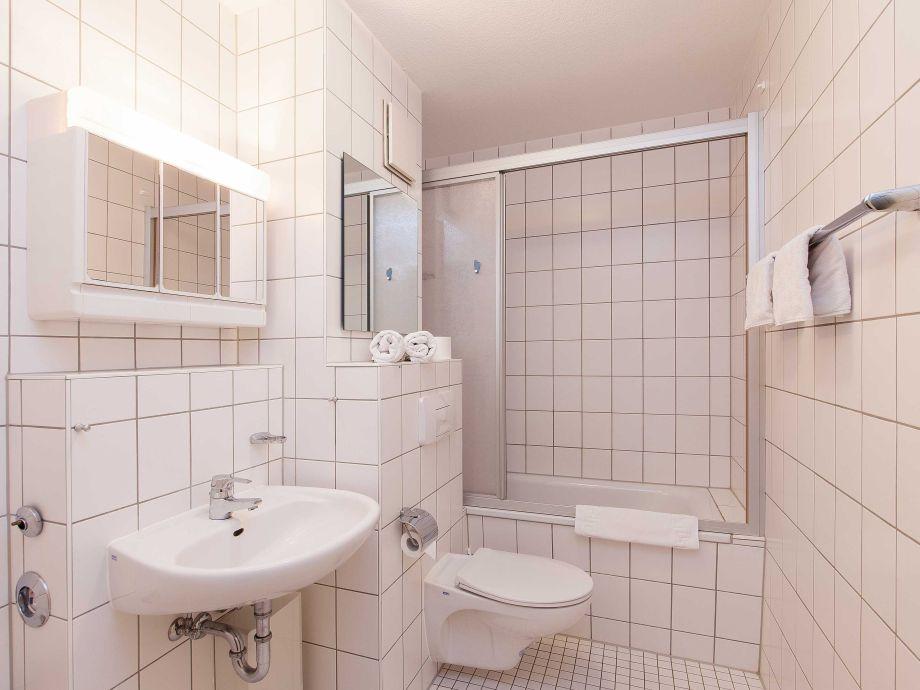 ferienwohnung 56 in einem ferienwohnpark an der ostsee 45446 ostsee g hren firma. Black Bedroom Furniture Sets. Home Design Ideas
