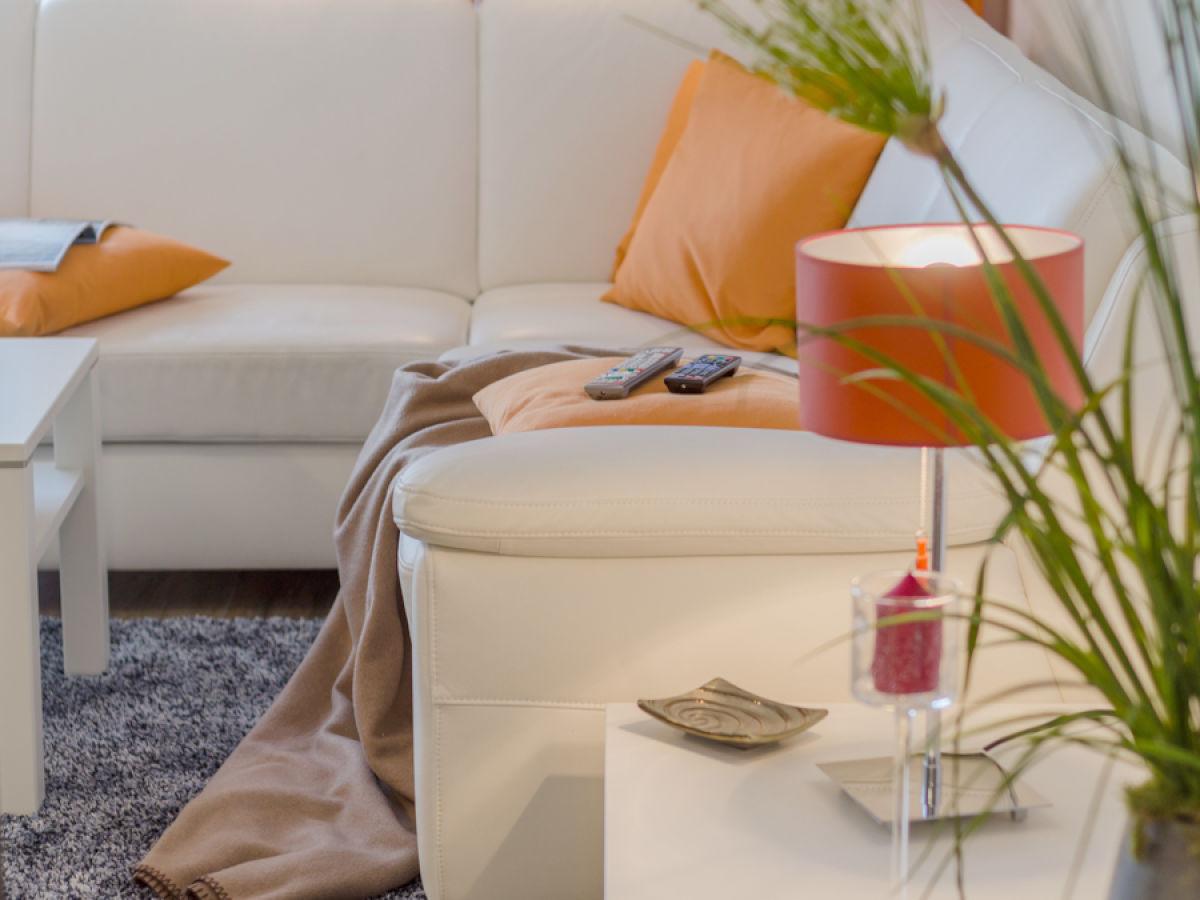 ferienwohnung les belles charmant fischland darss zingst firma kur und tourismus gmbh. Black Bedroom Furniture Sets. Home Design Ideas
