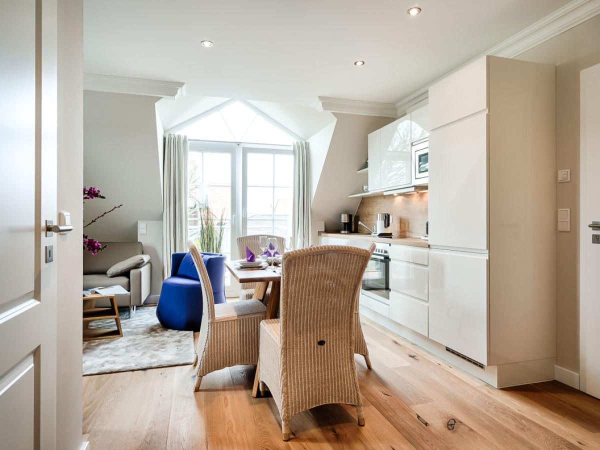 moderne 3 zi ferienwohnung kuscheloase westerland firma mrm gmbh ferienwohnungen sylt. Black Bedroom Furniture Sets. Home Design Ideas