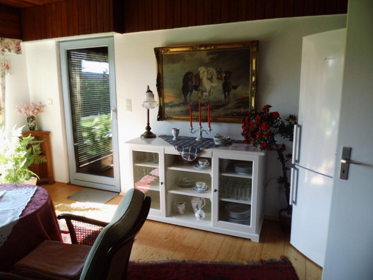 Ferienhaus Villa Rosa, Ostfriesland, Nordsee, strandnah - Frau ...