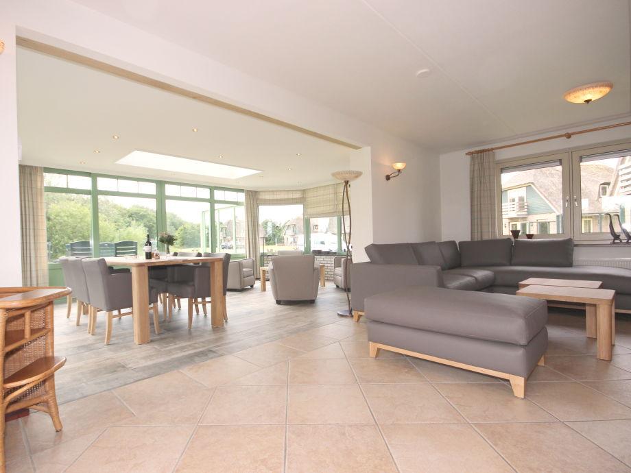 Villa Wohnzimmer : Villa het buitenhof mit wintergarten texel de koog firma