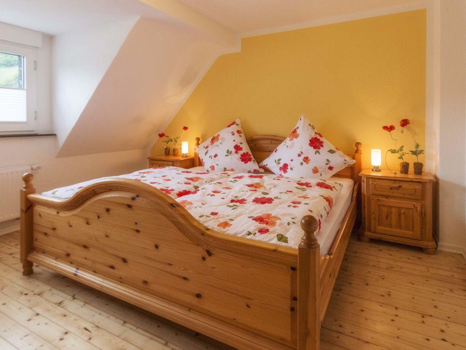 ferienwohnung schreiner dernauer burggarten ahrtal frau silvia schreiner. Black Bedroom Furniture Sets. Home Design Ideas