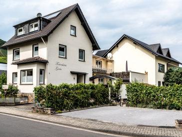 Ferienwohnung Burggarten im Ferienhaus Greta
