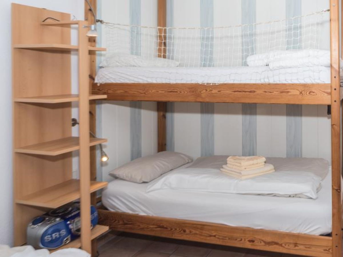 ferienwohnung kiek mol wiet 53 01 nordsee cuxhaven. Black Bedroom Furniture Sets. Home Design Ideas
