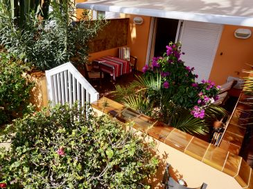 """Holiday apartment """"Aday"""" - directly set at the beach, very tranquile!"""
