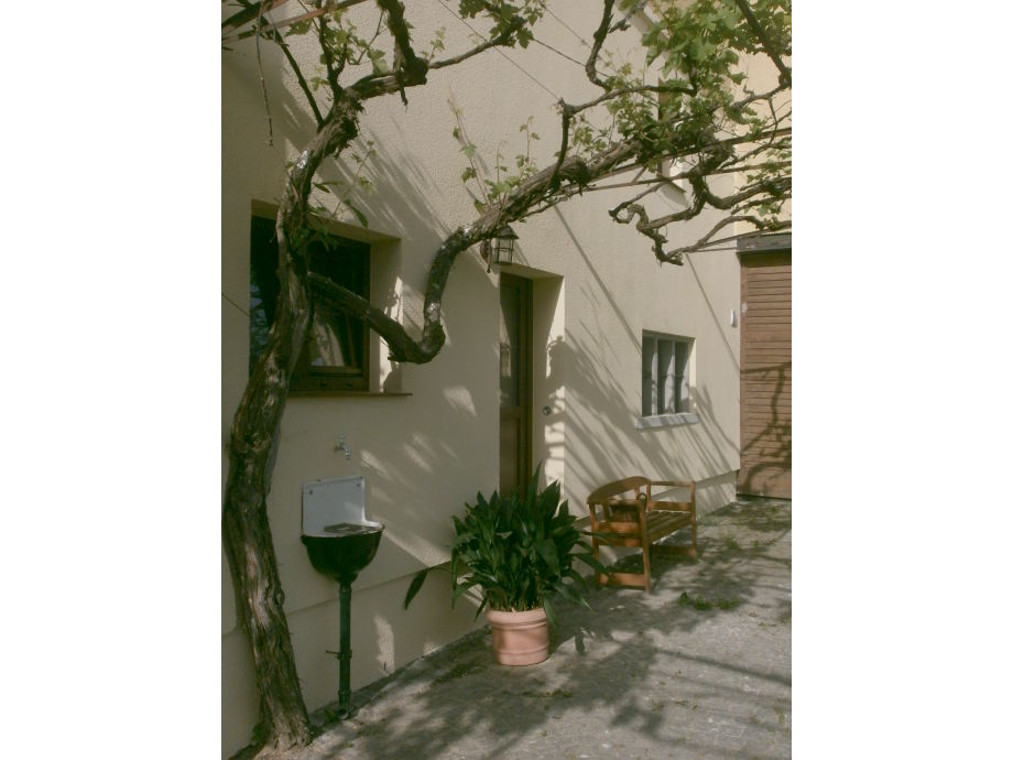 The romantic courtyard with your entrance