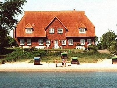 Gästehaus / Holnis